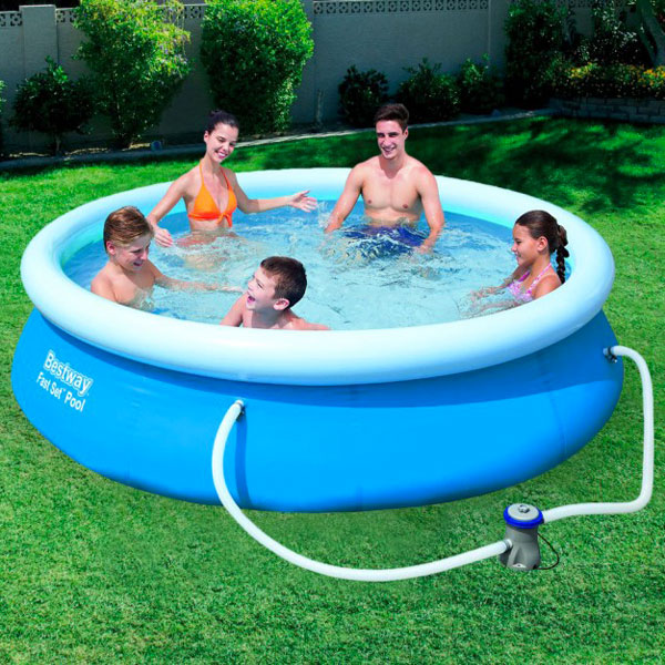 Piscina da esterno fuori terra bestway 305x76cm pvc for Attrezzi piscina