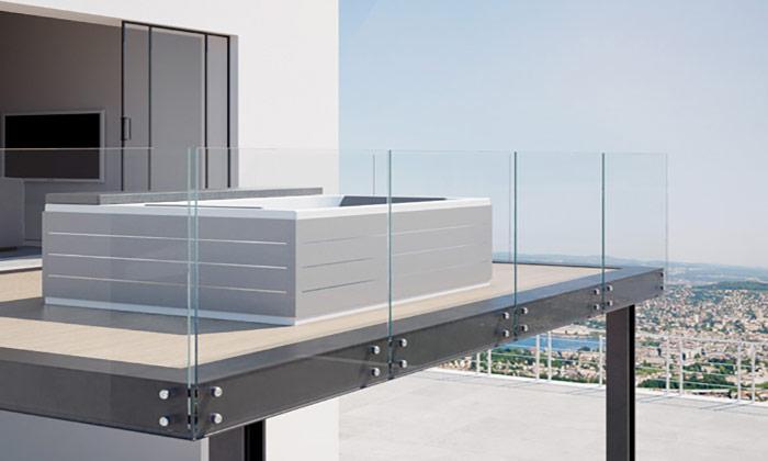 Minipiscina Spa Loft di Grandform sul terrazzo