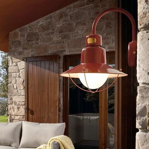 Lampada per il giardino di casa stile country