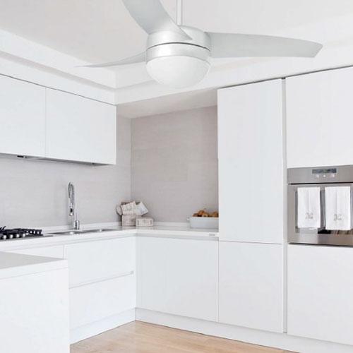 Ventilatore da soffitto Faro Easy in cucina moderna