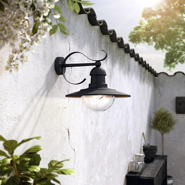 Philips topiary per illuminare il giardino