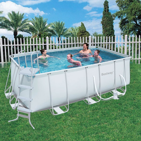 Piccole piscine latest piccole piscine da giardino piscina interrata di forma ovale con x - Piccole piscine in casa ...