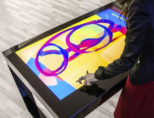 Tavolo Touchwindow con display Multi-Touch in alta definizione