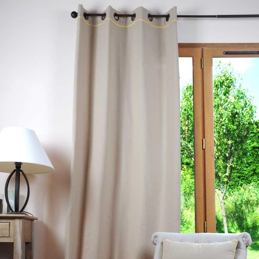 Tenda da interni per arredare camera da letto moderna
